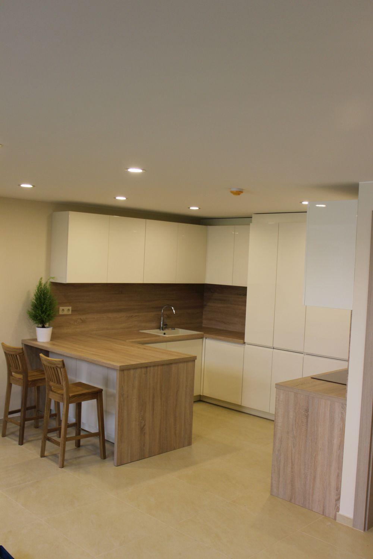 Medžio dulkių plokščių virtuvės baldai